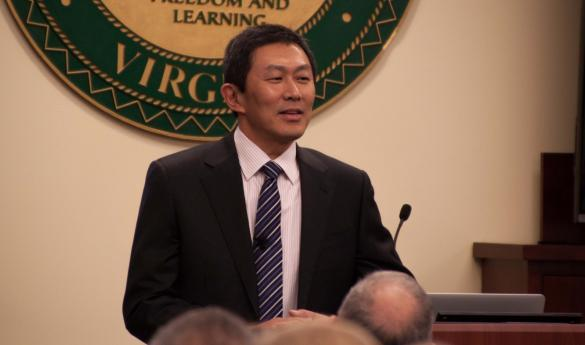 Provost candidate David Wu (photo by Amy Pondraza).