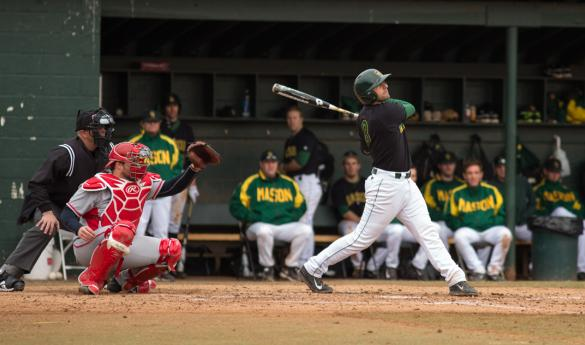 Hartford topped Mason 4-3 in game 3, but Mason took the series 2-1 over weekend (photo by Maurice Jones).